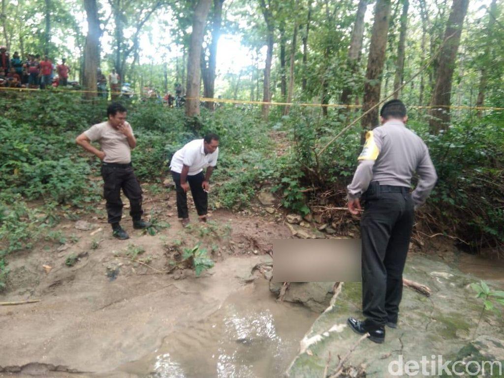 Mayat Perempuan Ditemukan Membusuk di Hutan Lamongan