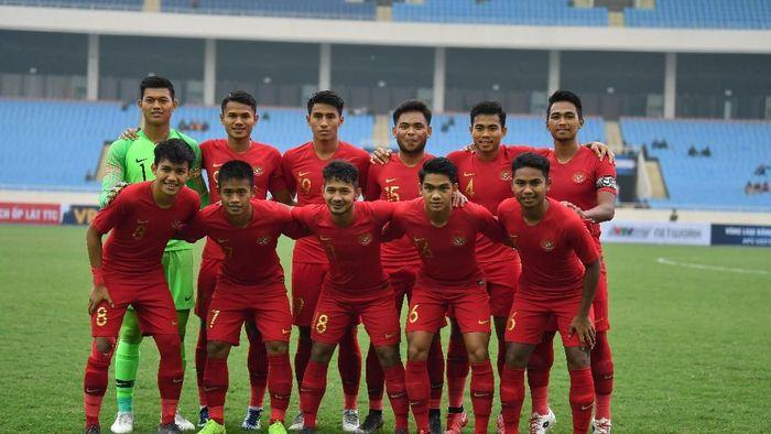 Timnas Indonesia U-23 saat hadapi Brunei Darussalam (ANTARA FOTO/R. Rekotomo)
