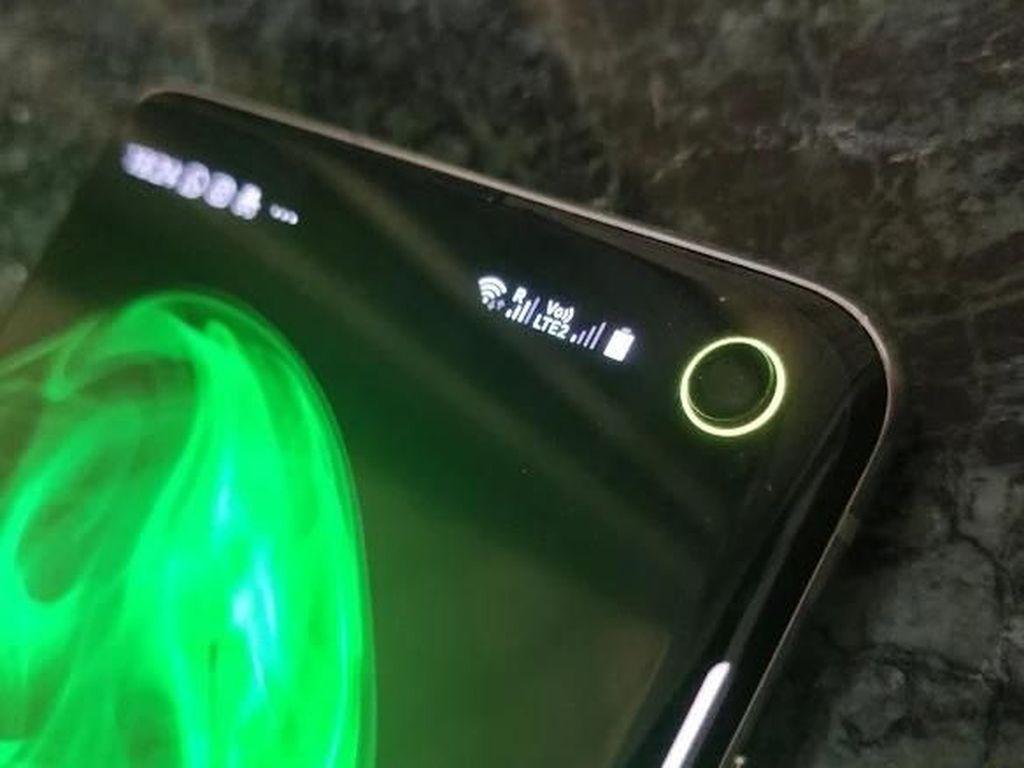 Keren! Lubang Kamera Galaxy S10 Bisa Jadi Indikator Baterai