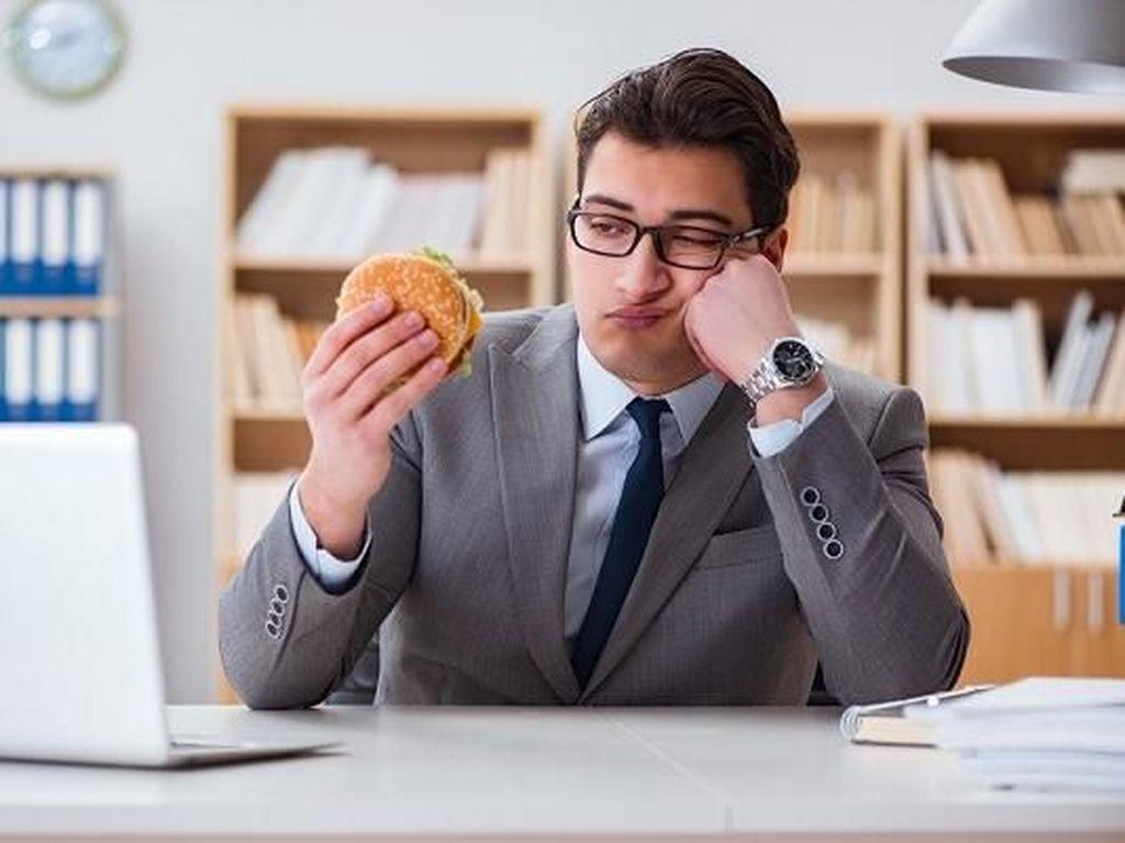 Redam Rasa Kecewa dan Sedih dengan Konsumsi 10 Makanan Enak Ini