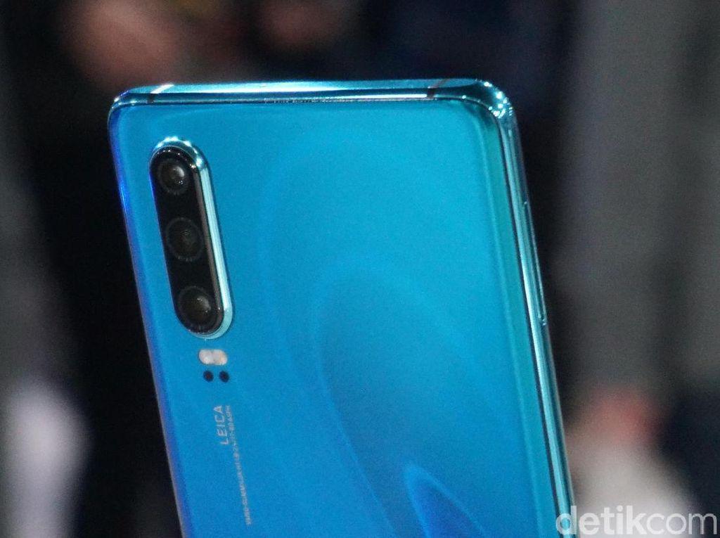 Huawei P30 Pro Disiksa, Bagaimana Daya Tahannya?