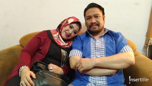 Wirdha Sukaesih & Suami