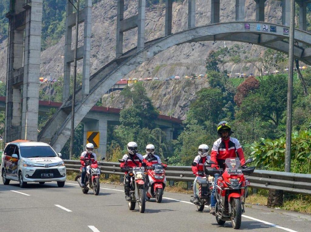 Intip Keseruan Petualangan Enduro Touring Jajal Sabang-Gresik