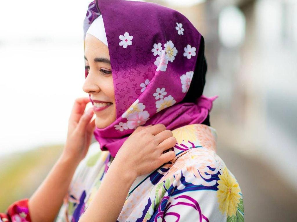 Liburan ke Jepang, Bisa Sewa Kimono Lengkap dengan Jilbab