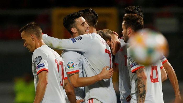 Timnas Spanyol menang 2-0 atas Malta (REUTERS/Darrin Zammit Lupi)