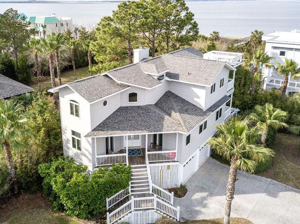 Intip Rumah Mewah Sandra Bullock yang Dijual Rp 92 Miliar