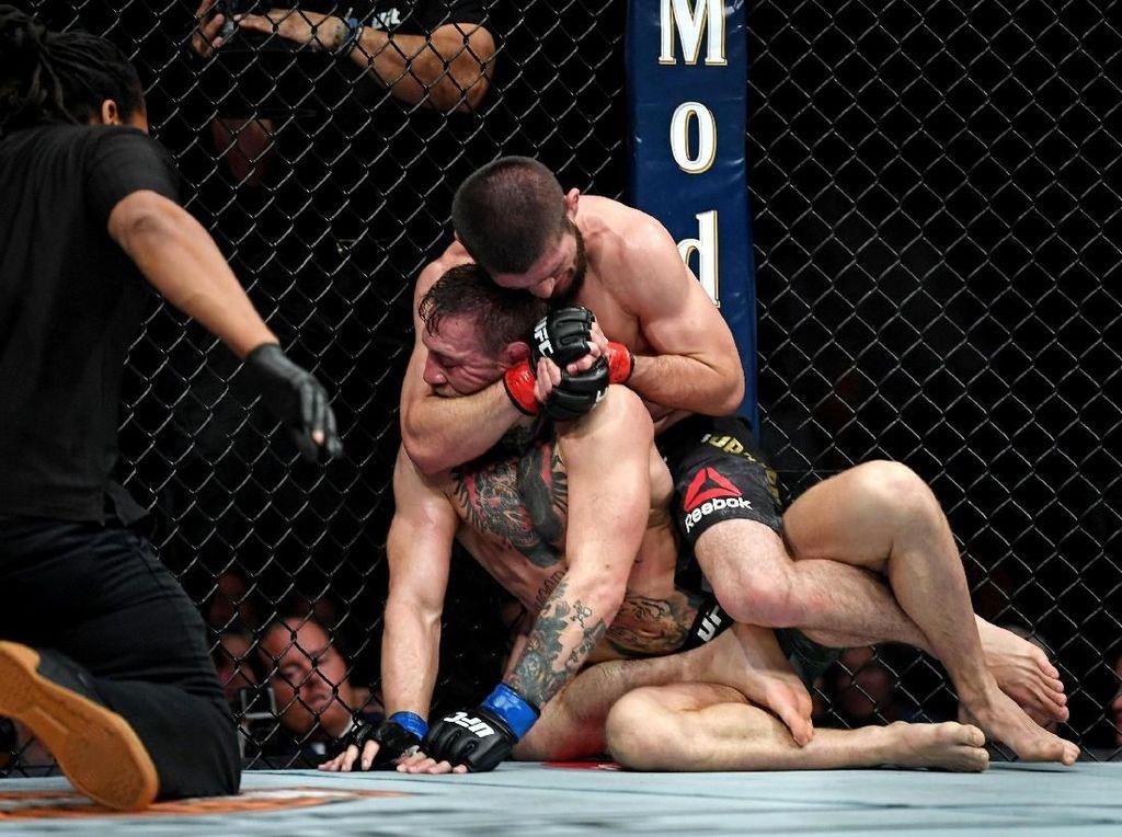 Lawan Terberat Khabib di UFC? Sudah Pasti Conor McGregor