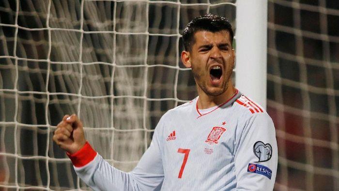 Alvaro Morata bikin dua gol kemenangan Spanyol atas Malta (REUTERS/Darrin Zammit Lupi)