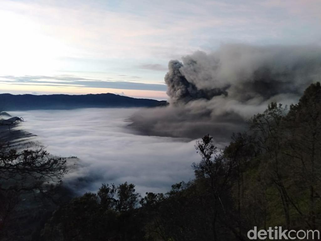 Erupsi Gunung Bromo Belum Berdampak Pada Kesehatan Warga Pasuruan