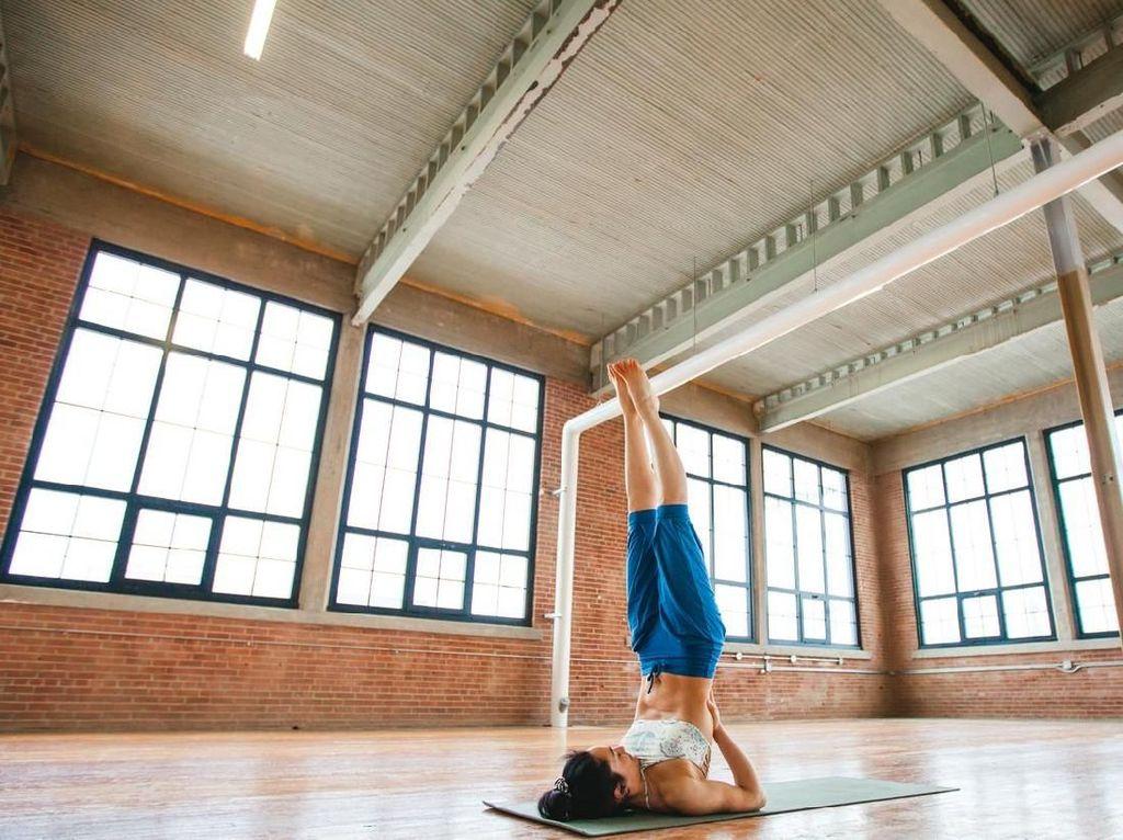 Berbagai Pose Yoga yang Rawan Cedera Bila Dilakukan Oleh Pemula