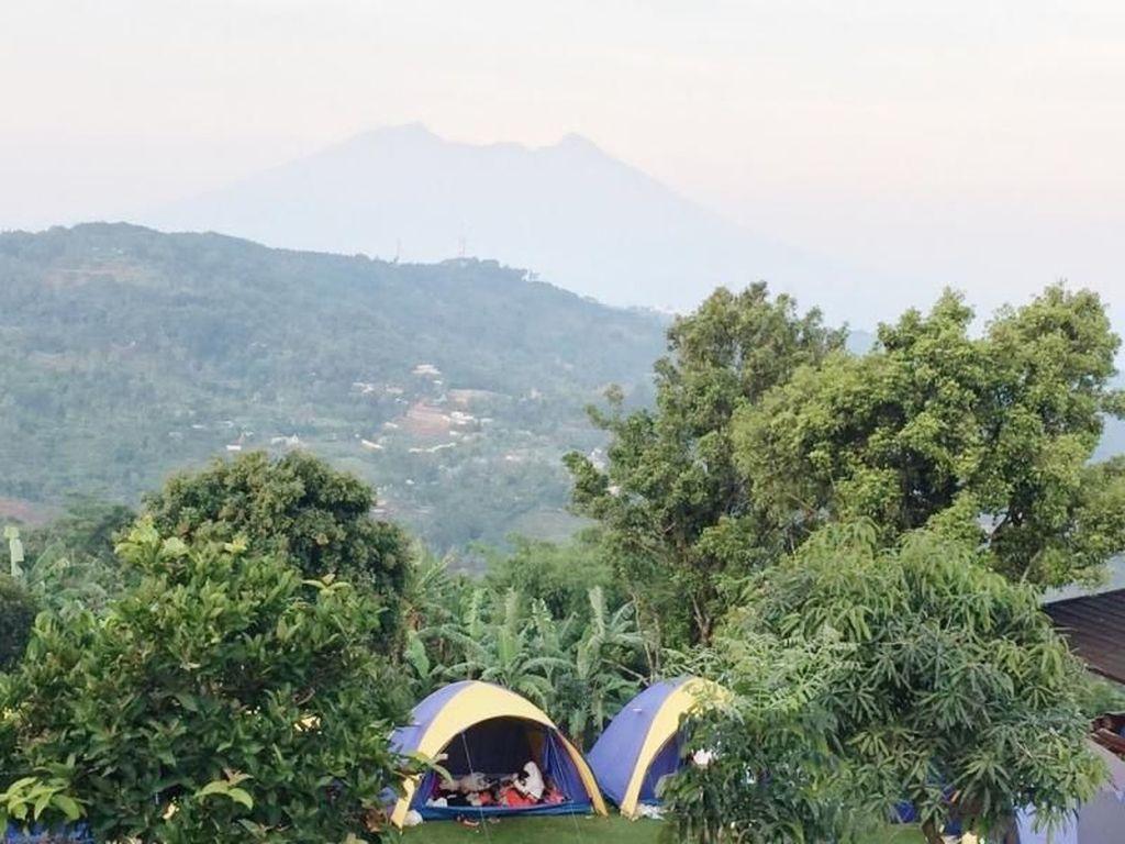 6 Tempat Camping Bebas Macet, Cuma 60 Menit dari Jakarta!