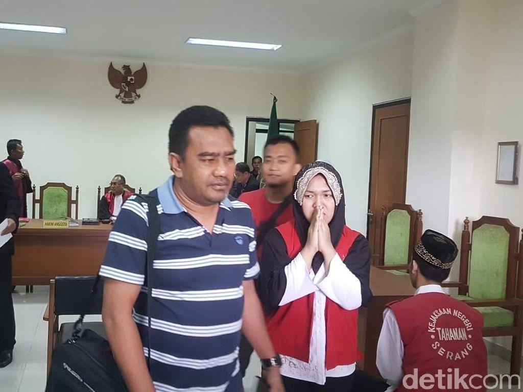 Ratu Kerajaan Ubur-ubur Terima Divonis 5 Bulan Penjara