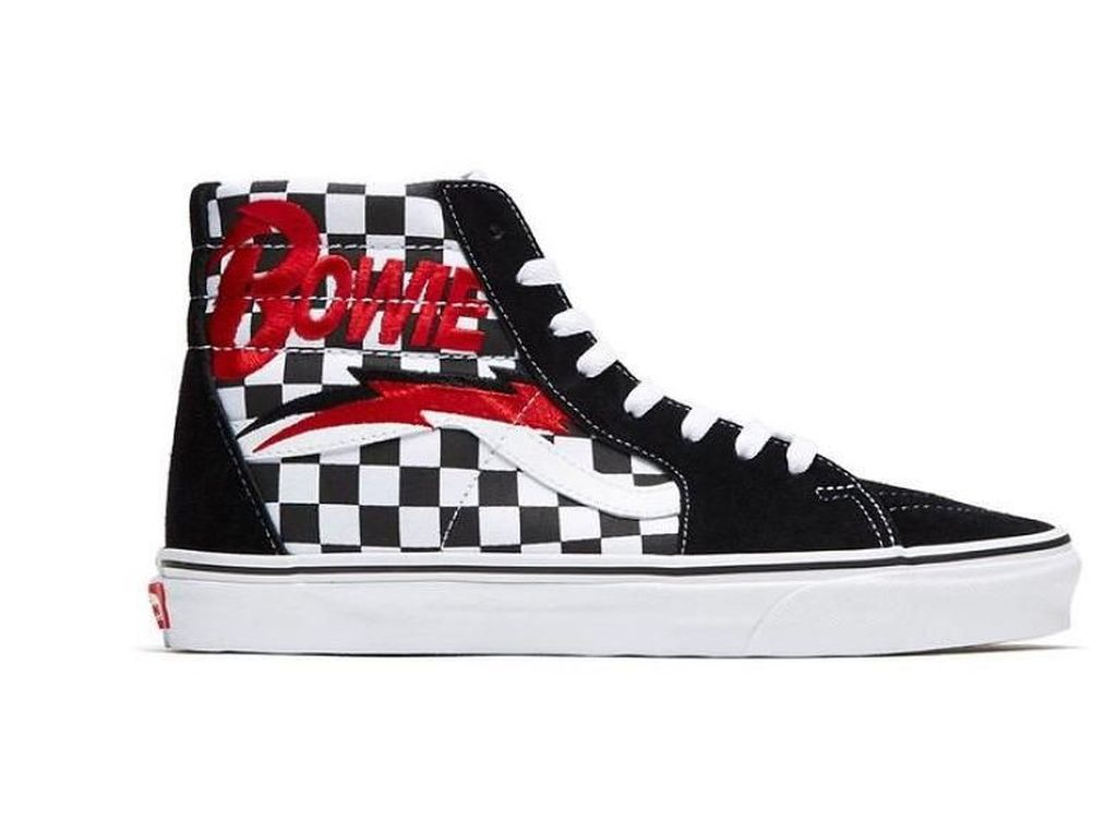 Sempat Bocor di Internet, Vans Segera Rilis Sneakers David Bowie