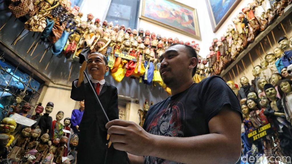 Potret Penjaga Seni Budaya Wayang di Jakarta