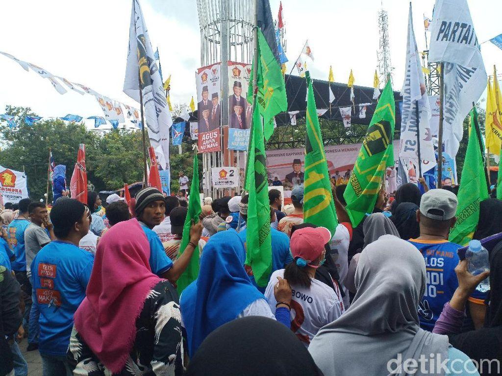 Ada Bendera PPP dan PBB di Kampanye Sandiaga di Sidrap