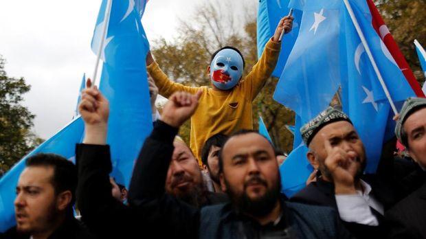 Riset: Indonesia Diam Soal Uighur karena Investasi China