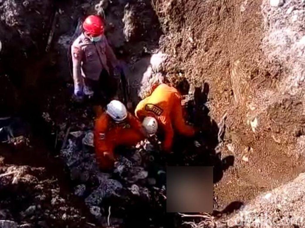 Jenazah Sucipto, Korban Longsor Batu Kapur Ditemukan Tergencet Batu