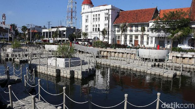 After being revitalized, Kali Besar Kota Tua has become a mainstay spot for visitors to travel.  PPSU officers are also ready to clean the area so that it is free of trash.
