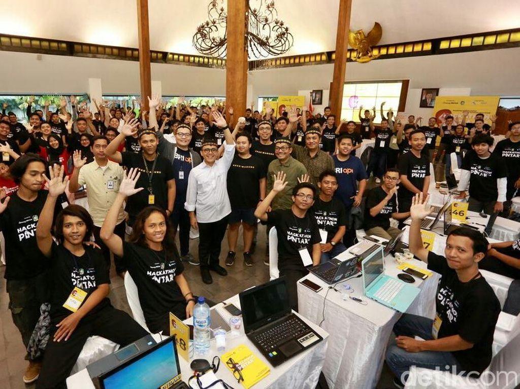 Banyuwangi dan Warung Pintar Gelar Hackathon Pintar 1.0