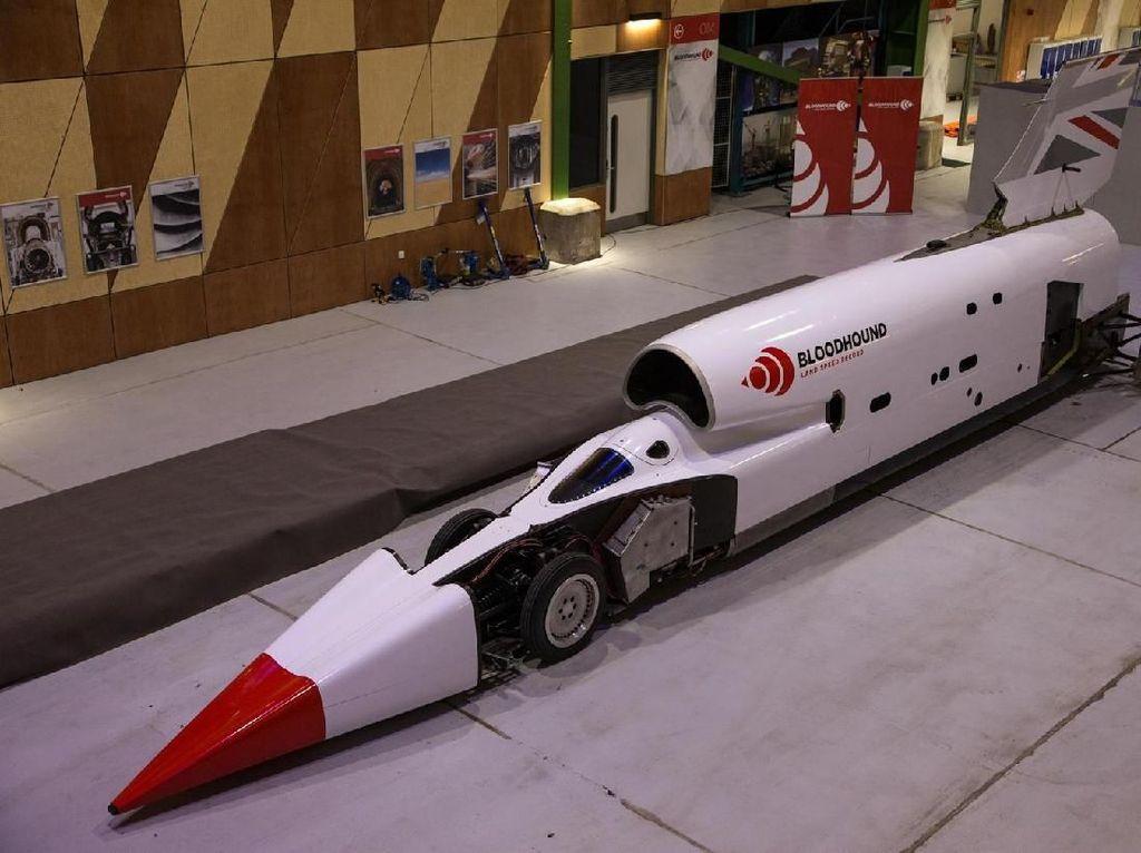 Jet Darat Pemecah Rekor Kecepatan, Tembus 1.600 Km/jam!