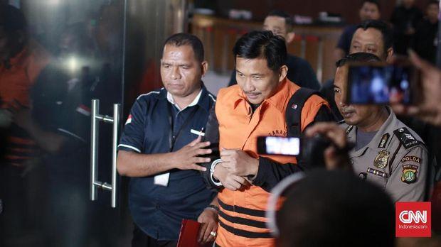 KPK Sebut Tak Ada Cap Jempol di Amplop 'Serangan Fajar' Bowo