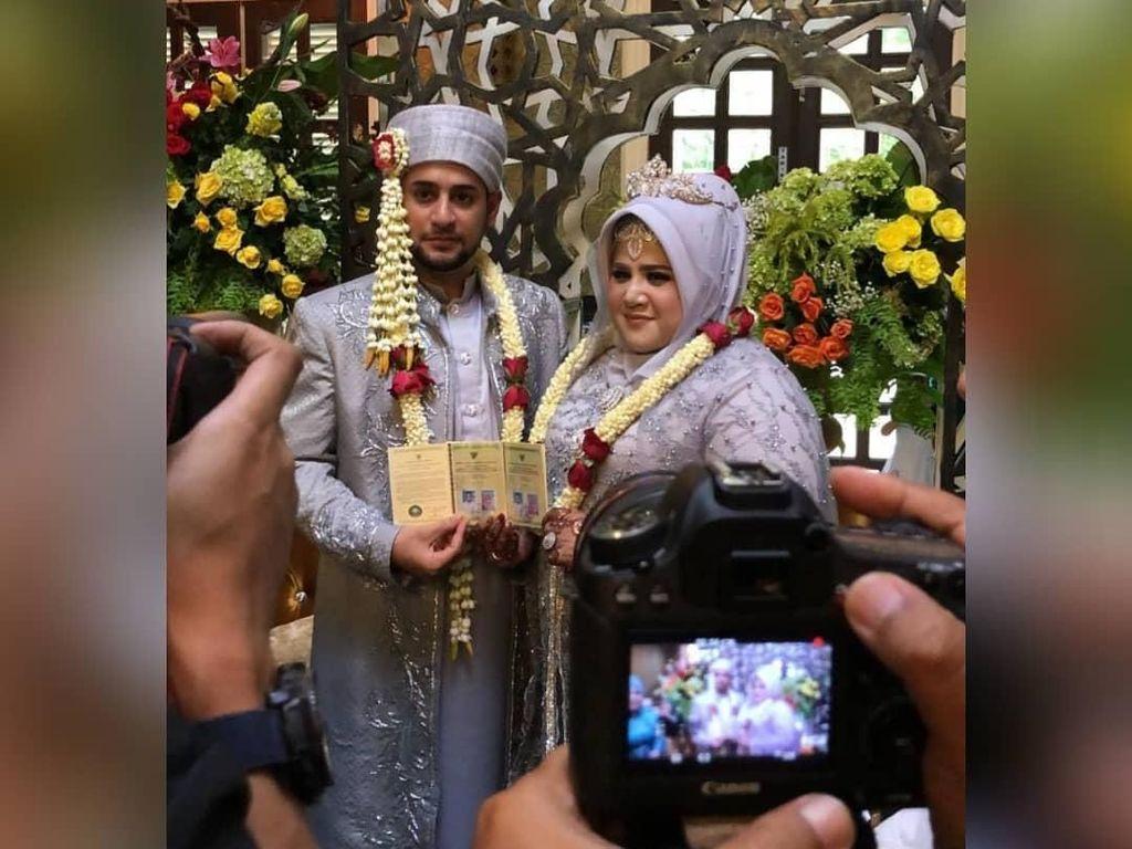 Selamat! Dhawiya dan Muhammad Resmi Menikah