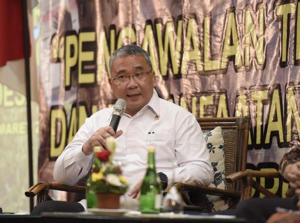 Menteri Eko Imbau Kades Tak Takut Kelola Dana Desa