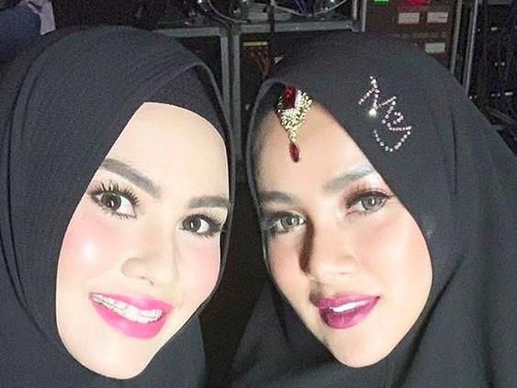 Foto Bareng, Olla Ramlan Tegaskan Kartika Putri Tengah Hamil Muda