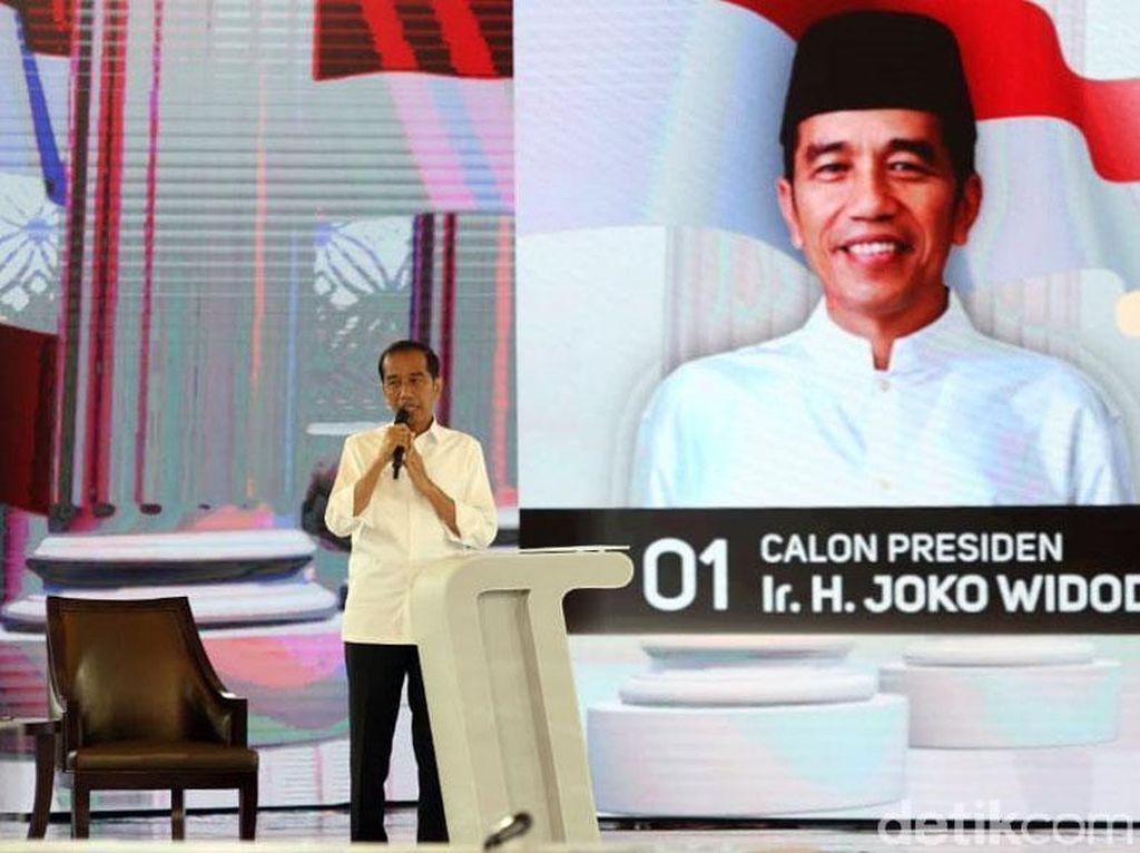 Debat soal Alutsista, Jokowi Pamer RI Sudah Buat Tank dan Kapal Selam
