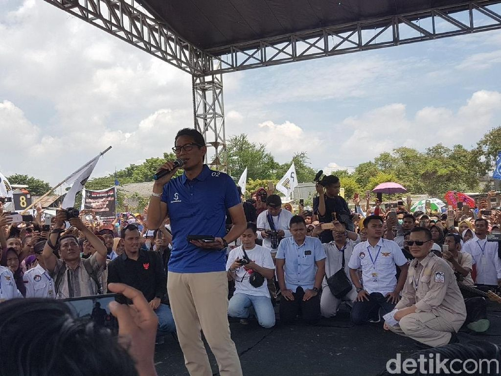 Serang Kartu-kartu Jokowi, Sandi: Tambah Birokrasi Betul?