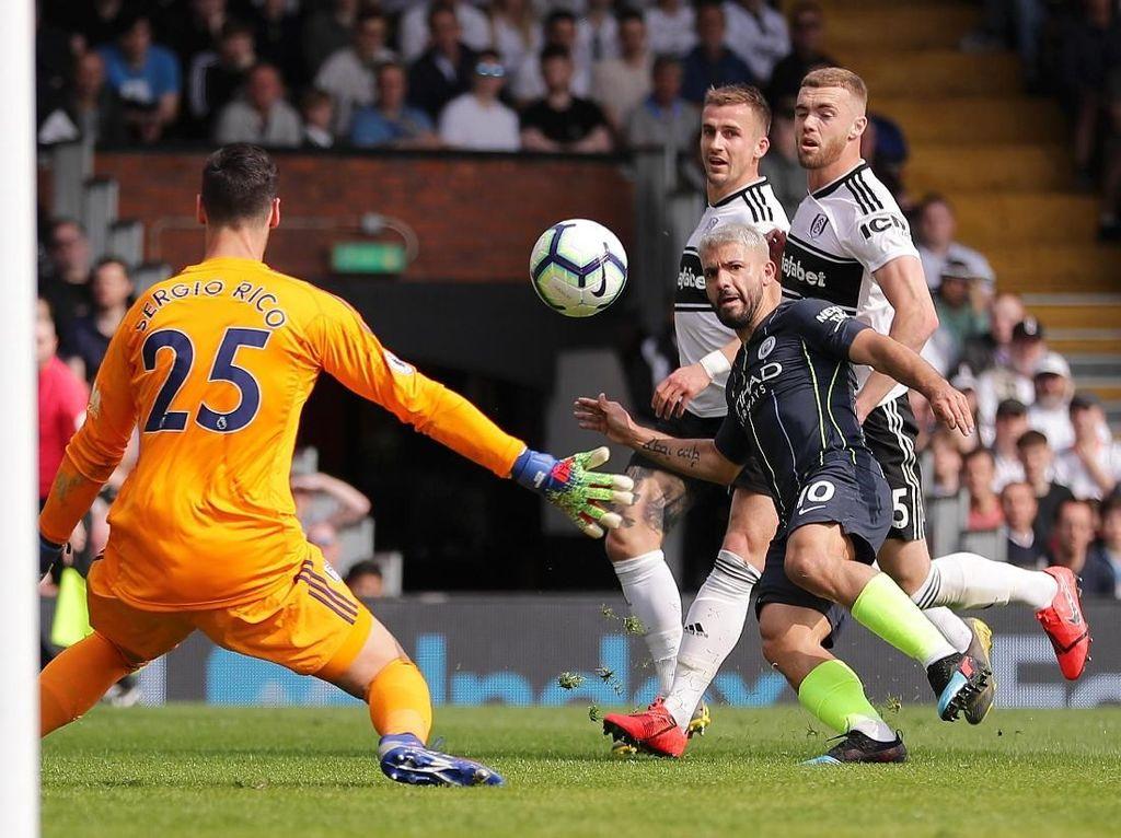 City Ungguli Fulham 2-0 di Babak Pertama