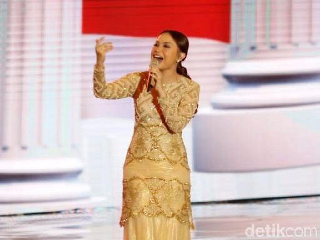 Salah Lirik Lagu Indonesia Raya di Debat Capres, Rossa Minta Maaf