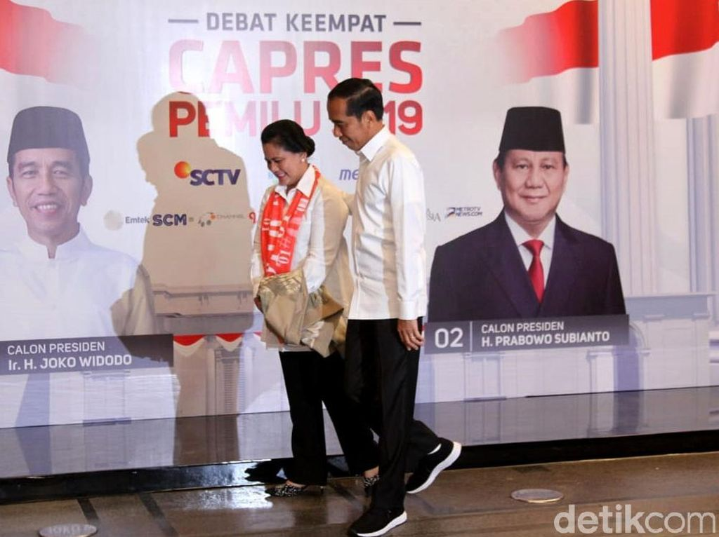 Adu Gaya Jokowi-Prabowo di Debat Capres 2019 Keempat, Kemeja Putih Vs Jas