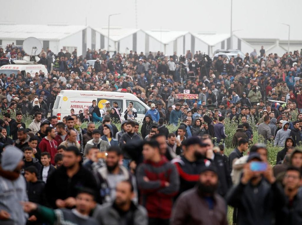 Menuntut Pulang, 40.000 Warga Palestina Turun ke Jalan
