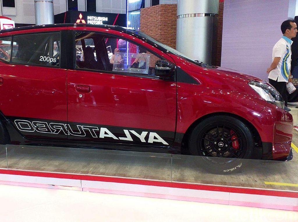 Keren! Daihatsu Ayla Turbo Mejeng di GIIAS Surabaya