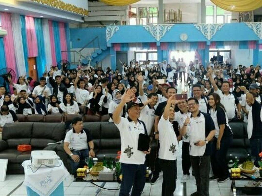 Intip Kelas Kreatif BUMN di SMKN 4 Makassar