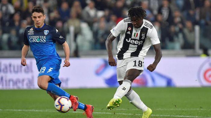Moise Kean kembali mencetak gol untuk Juventus dan kini berharap bisa capai levelnya Cristiano Ronaldo dan Lionel Messi. (Foto: Massimo Pinca/Reuters)