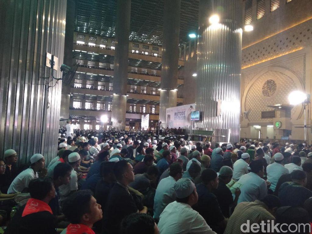 AHY Hadiri Doa Bersama untuk Ani Yudhoyono di Masjid Istiqlal