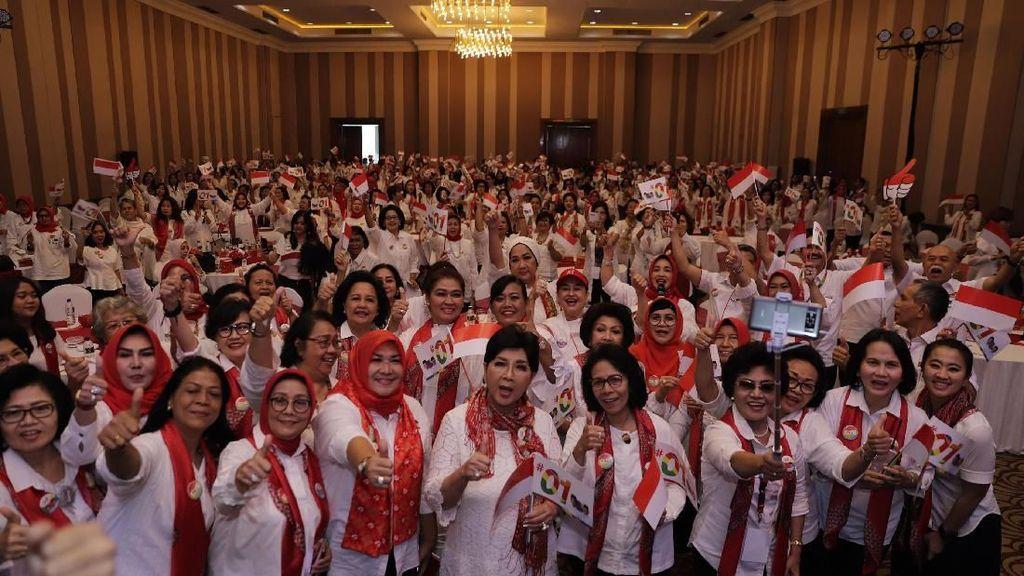 Deklarasi Dukungan Istri Pensiunan TNI AD untuk Jokowi-Maruf