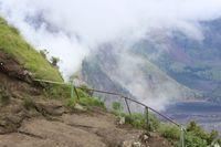 Pendakian Gunung Rinjani Masih Ditutup Karena Faktor Keselamatan