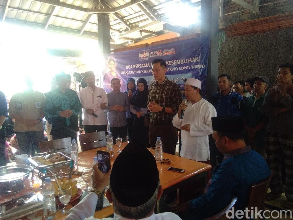 Di Hadapan Simpatisan di Demak, AHY Minta Doa untuk Ani Yudhoyono