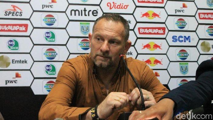 Manajer Madura United, Dejan Antonic.