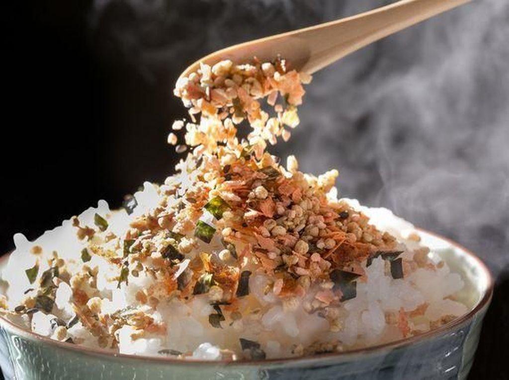 Wah! Nasi yang Ditaburi Bumbu Ini Bisa Bikin Pria Lebih Greng
