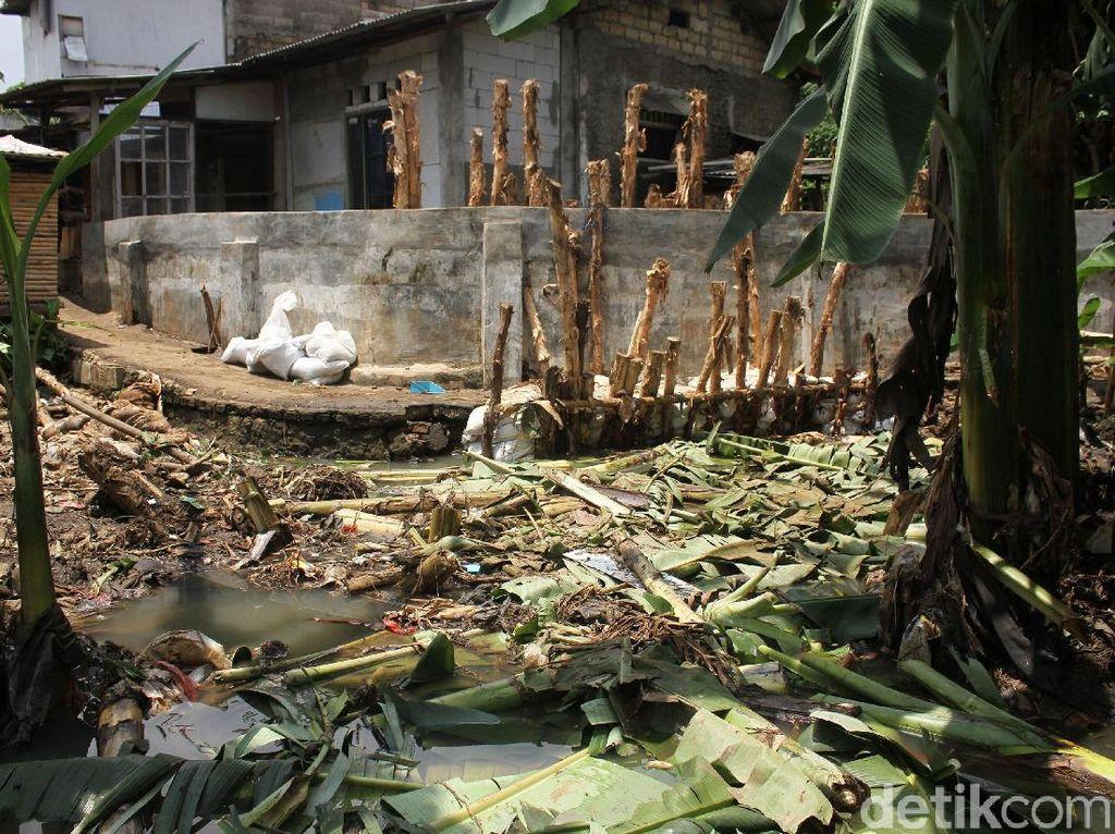 Ini Tanggul Jebol yang Mengakibatkan Banjir di RW 06 Jati Padang