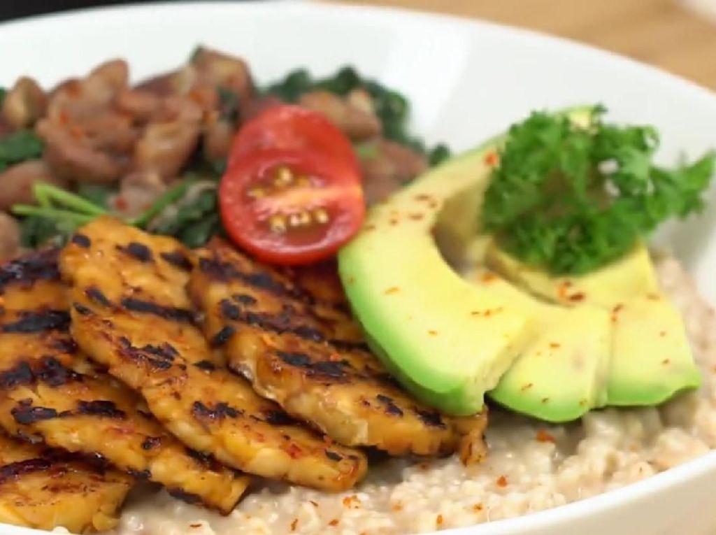 Resep Savoury Oatmeal Tempe, Makanan Sehat untuk Bunda yang Diet