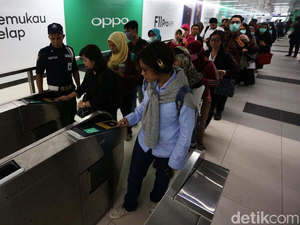 Ingat! Jangan Tap In dan Tap Out Kartu di Stasiun MRT yang Sama