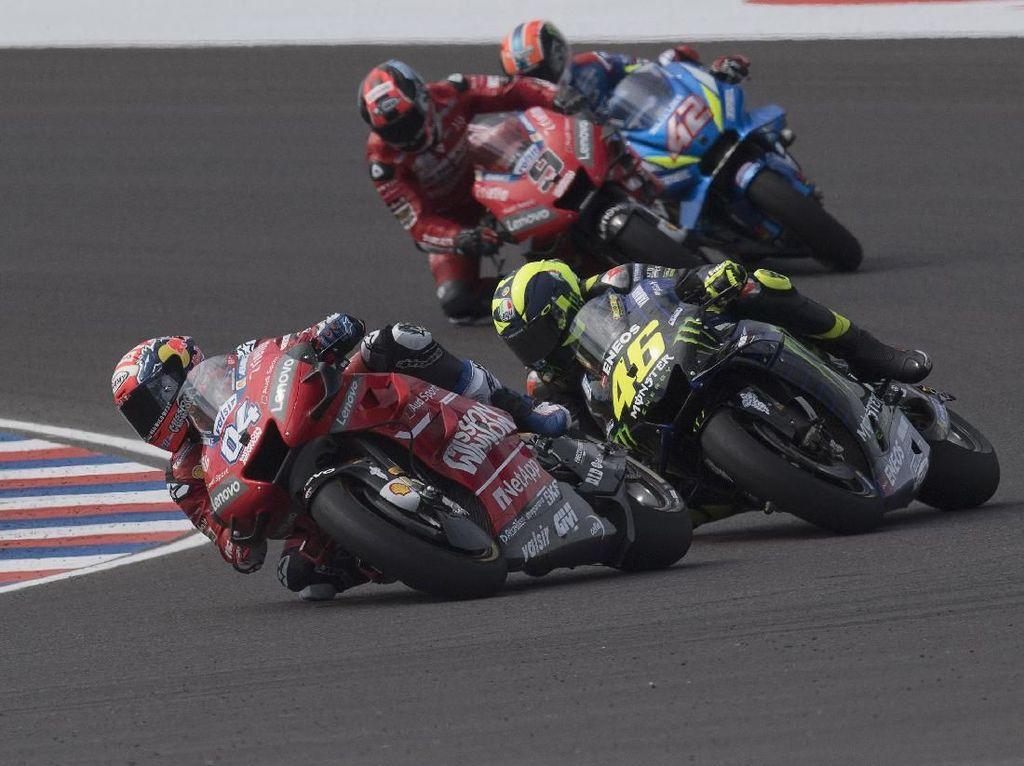 Duel dengan Rossi, Dovizioso Dikecewakan Ban