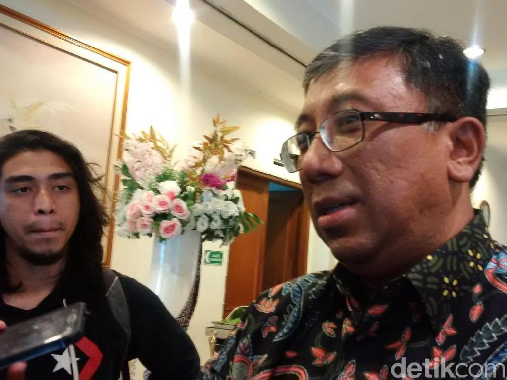 Kembali Mesra, PKS Dukung Ridwan Kamil Pimpin Jabar Tapi...