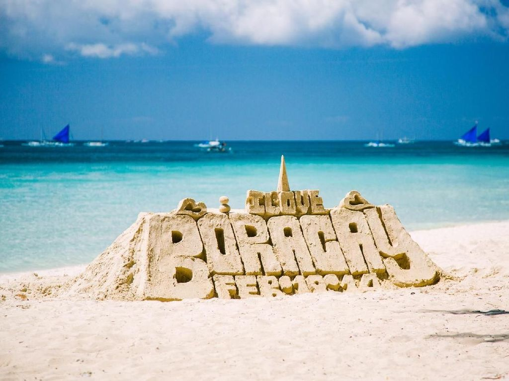 Perhatian! Dilarang Bikin Istana Pasir di Boracay, Filipina