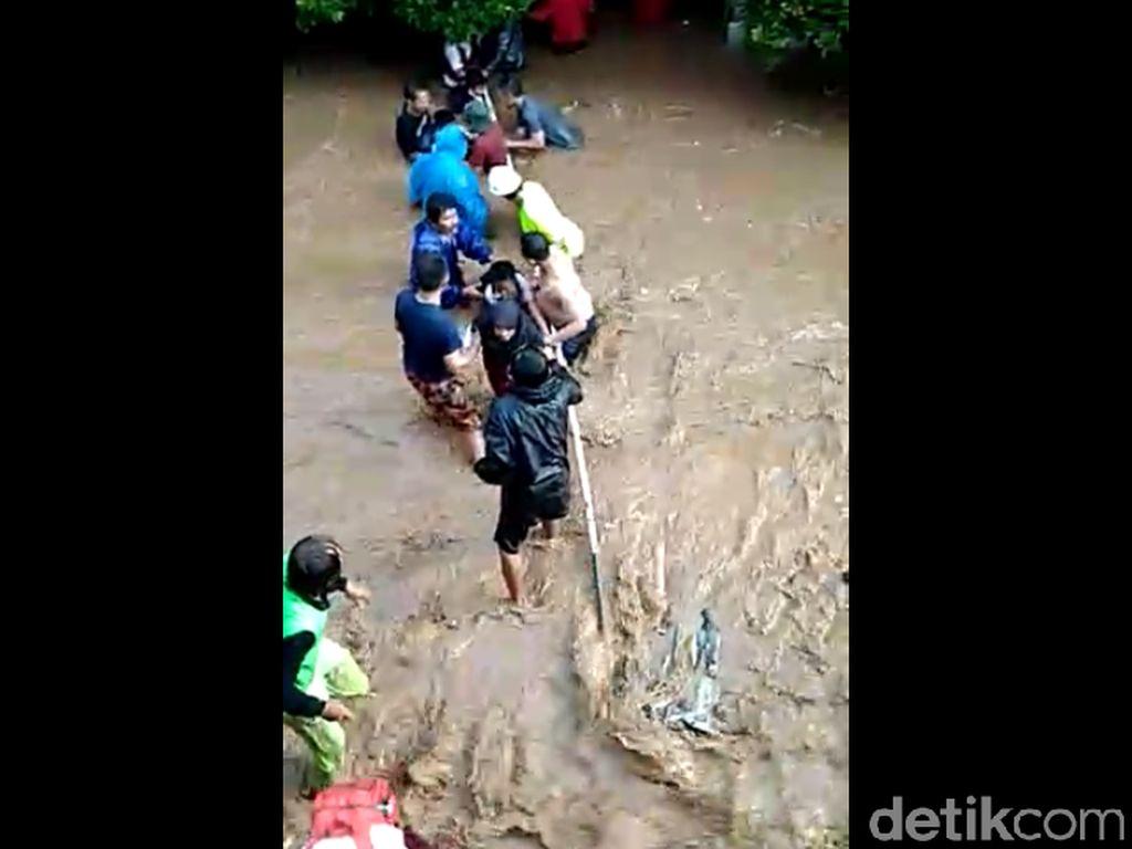 Banjir Terjang Ujungberung Bandung